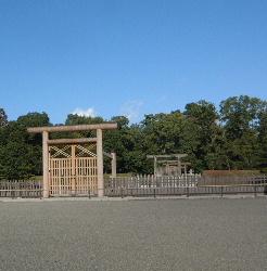 奈良県橿原市畝傍町神武天皇陵